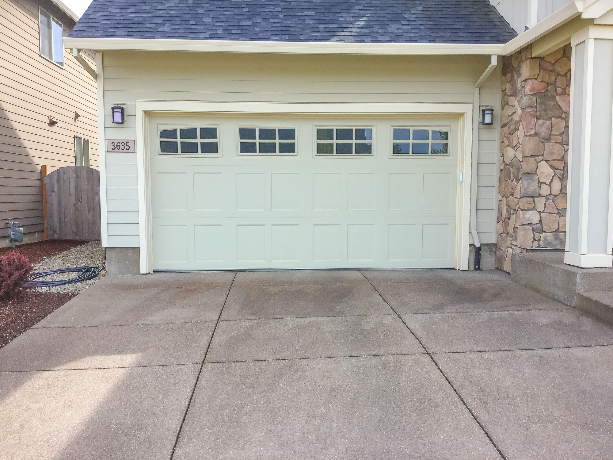 Garage Doors and Automatic Gates in Corvallis Oregon-10