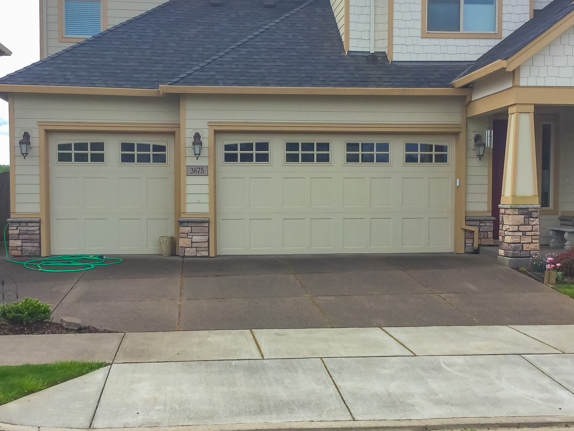 Garage Doors and Automatic Gates in Corvallis Oregon-13
