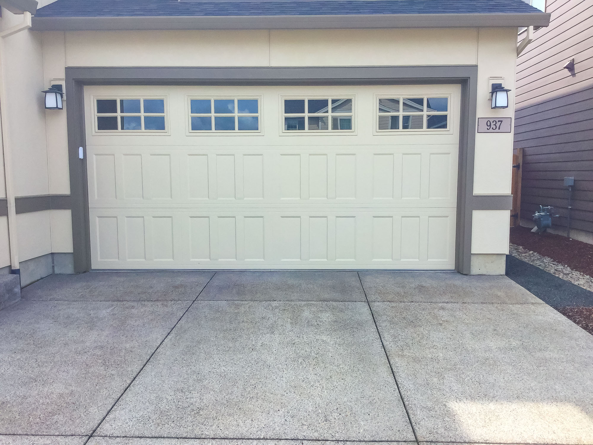 Garage Doors and Automatic Gates in Corvallis Oregon-19