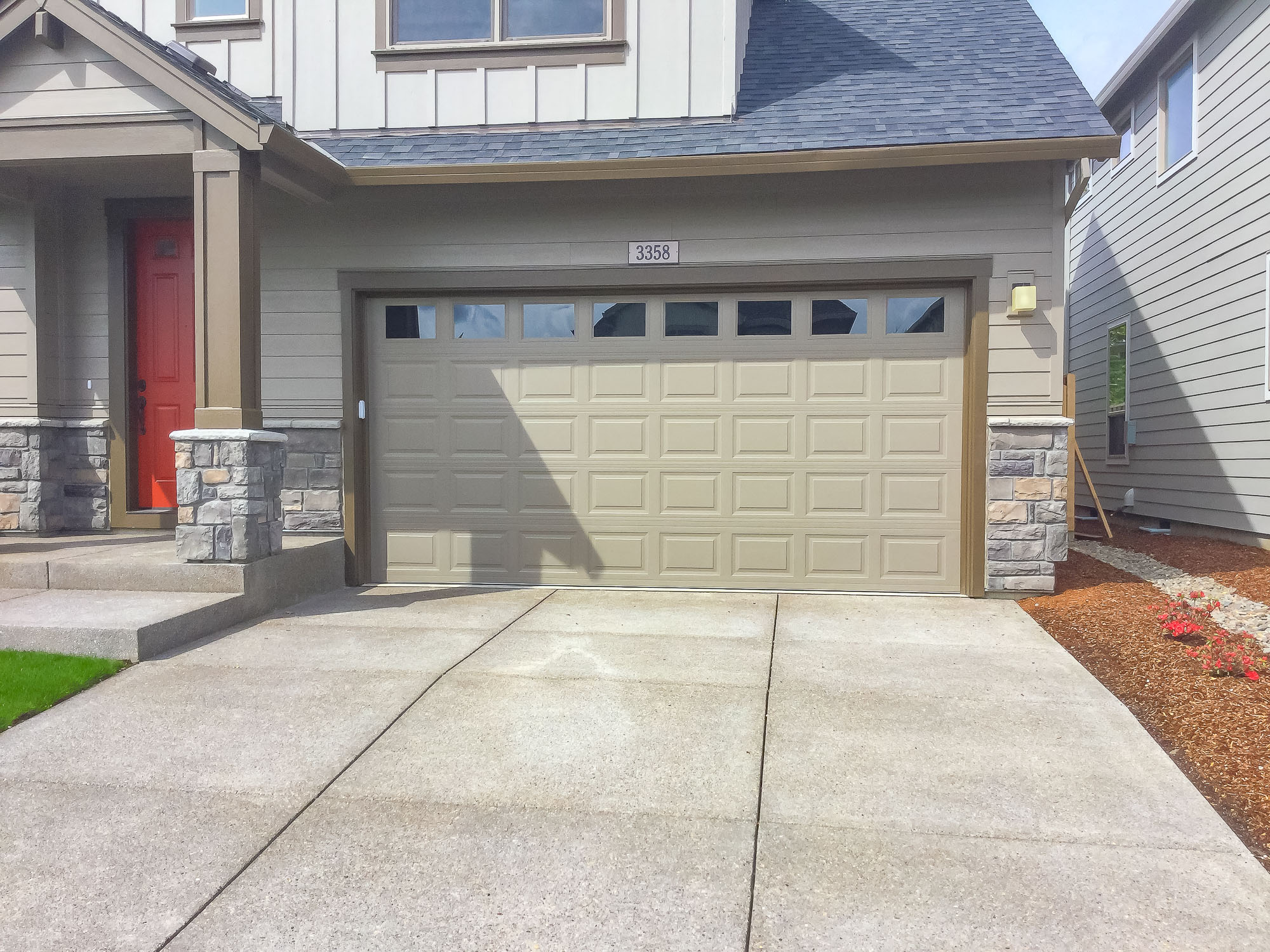 Garage Doors and Automatic Gates in Corvallis Oregon-24