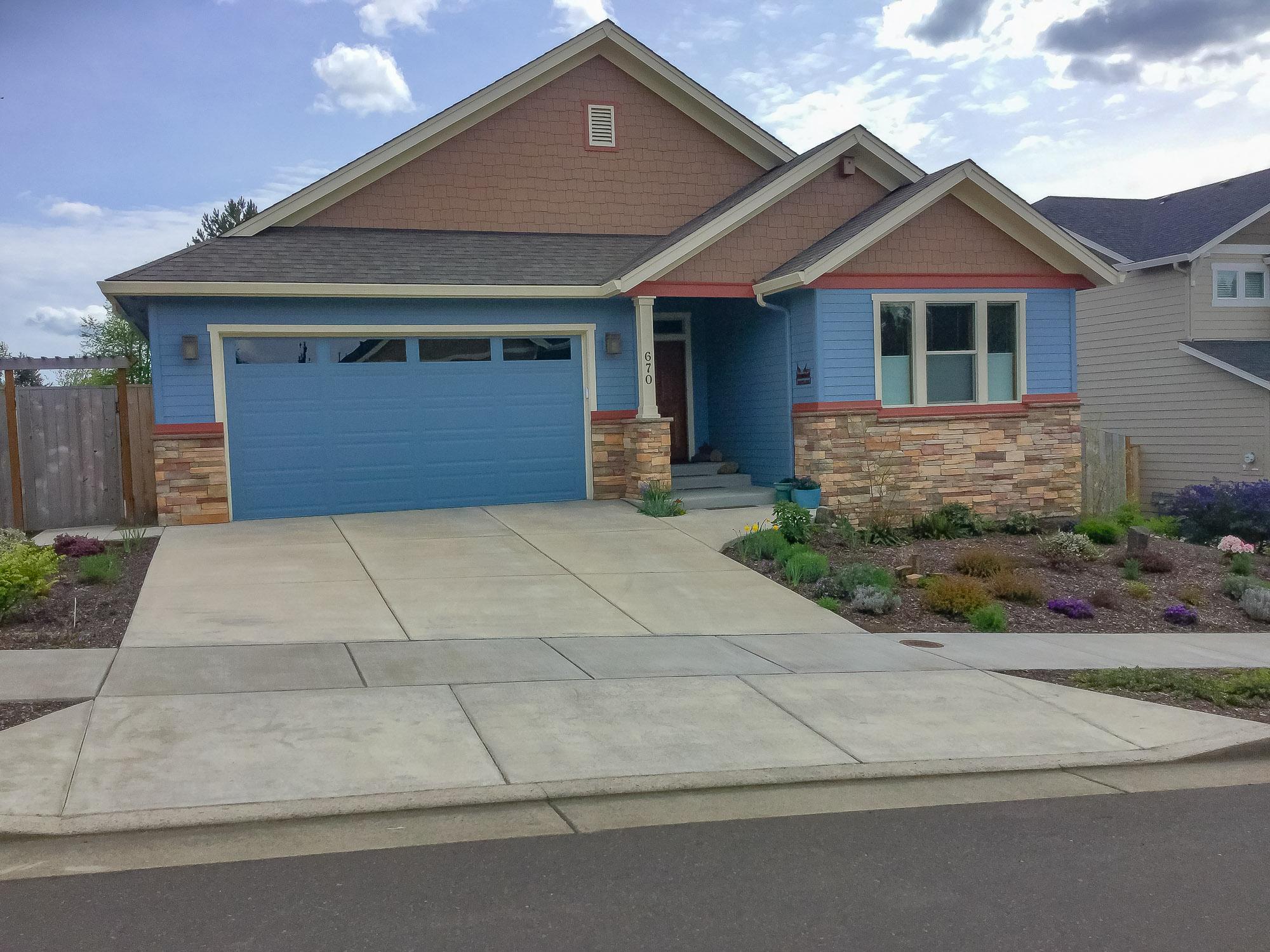 Garage Doors Applegate Door Gates In Corvallis Oregon