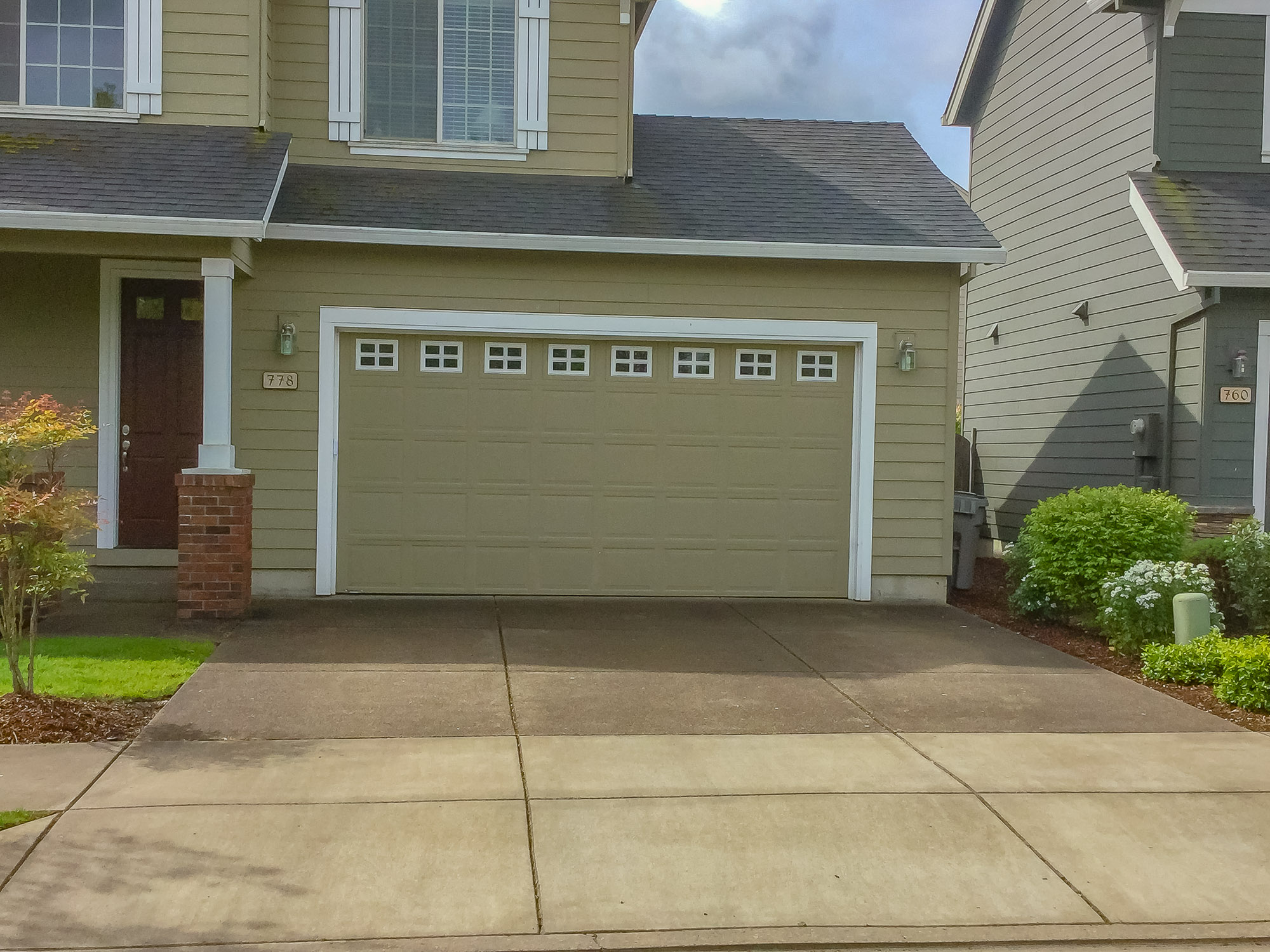 Garage Doors and Automatic Gates in Corvallis Oregon-9